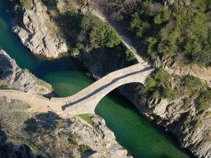 Camping de Belos site à visiter Pont du diable