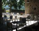 salle restaurant et vue vers les vignes