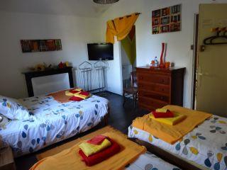 Chambre familiale 'Soleil' pour 4 personnes coté jardin