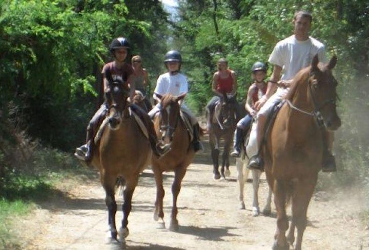 Equitation aux alentours de Vallon Pont d'Arc
