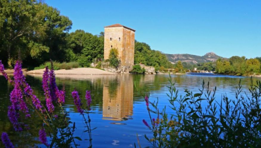 Tour du moulin-Salavas