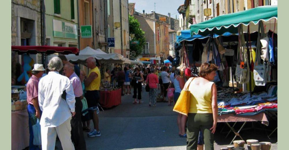 Marché estival du sud Ardèche