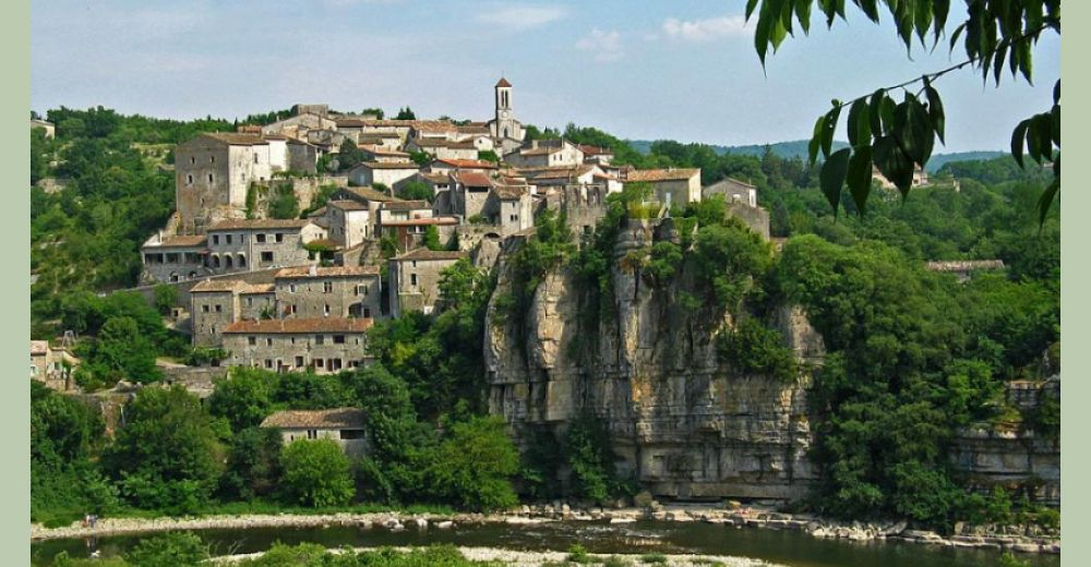 Balazuc, Village de Caractère et Plus beau village de France