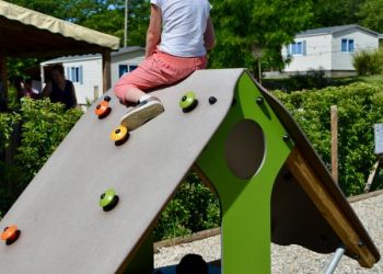 Children's games at Camping le Coin Charmant