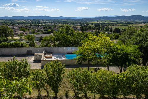L'Oliveraie : Cottages with pool between Gard and Ardèche