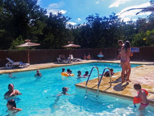 Camping Universal 3* in Rochegude - Swimming pool